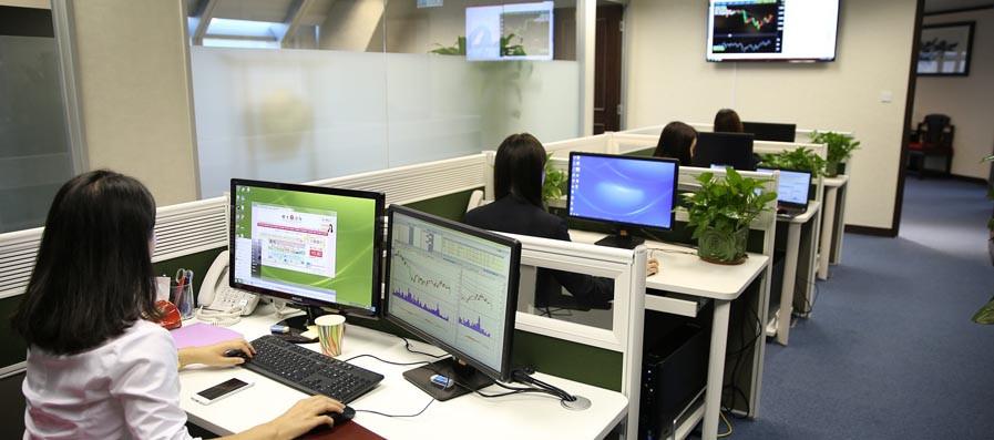 CEIM exige que cesen los constantes anuncios de incrementos de costes sobre el empleo